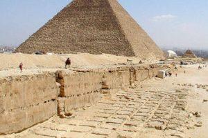 dünyanın yedi harikası piramid