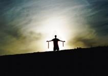 zincirlerinden kurtulan insan Özgürlük Nedir Tanımı
